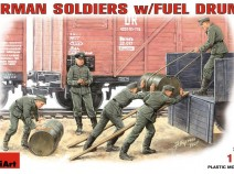 MiniArt 35041 German Soldiers with Fuel Drums, 1/35