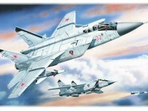 "ICM 72151 MiG-31 ""Foxhound"", Russian Heavy Interceptor Fighter"