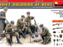 MiniArt 35109 SOVIET SOLDIERS AT REST