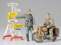 Tamiya 35241 German Motorcycle Orderly Set, 1/35