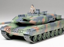 Tamiya 35242 Leopard 2 A5 Main Battle Tank, 1/35