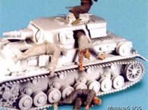 Tank T-35090 Escaping German tank crew.	 Summer 41-44. Three figures. 1/35